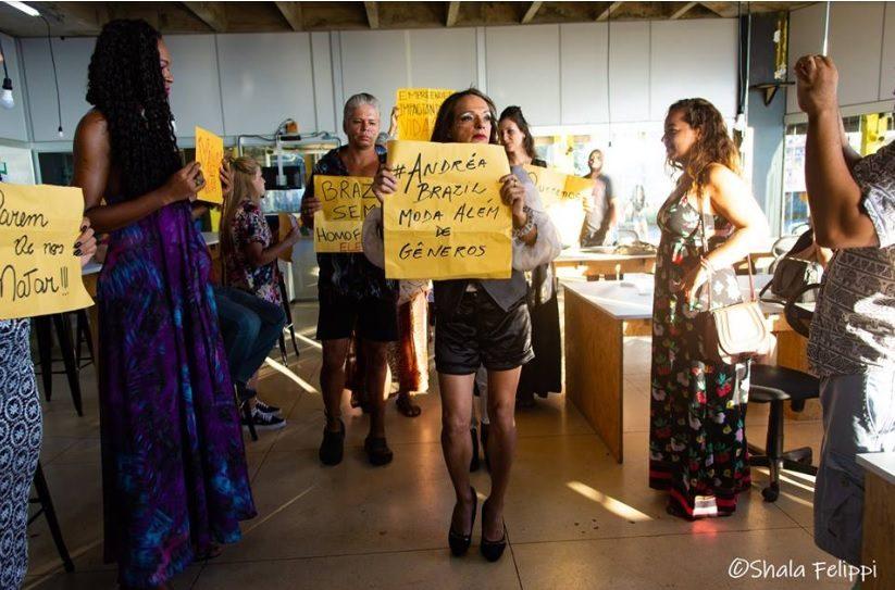 """Estilista trans Andréa Brazil realiza """"sonho de uma vida"""" aolançarcoleção"""